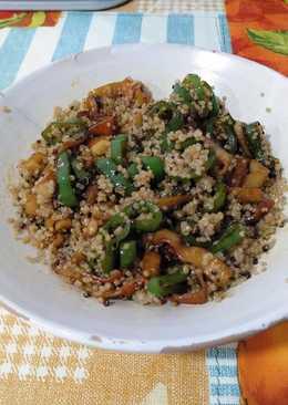 Quinoa con salteado de surimi al ajillo y pimiento verde