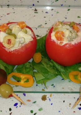 Tomates rellenos de ensaladilla rusa