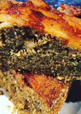 Torta de manzana invertida con harina integral y nueces esponjosa