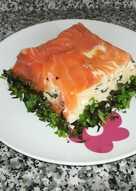 Pastel frío de salmón, surimi, queso de untar y nueces 🐟🍞🧀🏖️