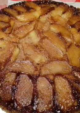 Tarta invertida de manzana y plátano