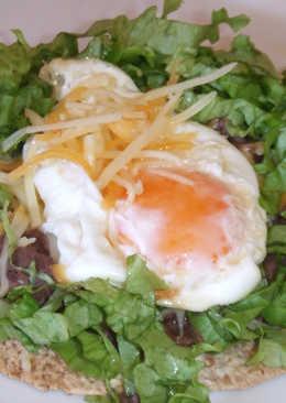 Tortillas de trigo con huevo frito