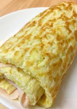 Rulo de calabacín con pavo y queso