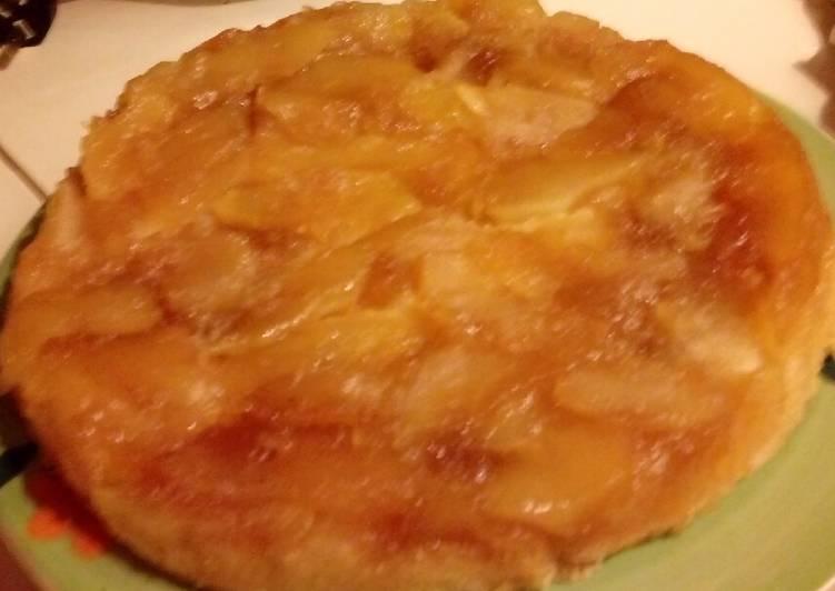 Tarta invertida de manzana