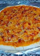 Pizza casera con borde de queso (de jamón) - no más masa pegada✋