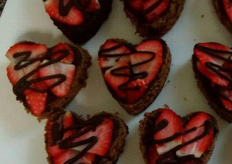 Pastelitos de chocolate y fresa