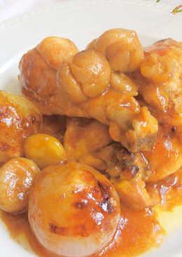 Pollo al horno con castañas y cebollitas