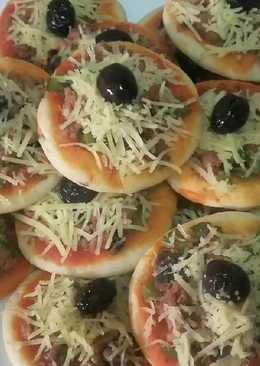 Mini pizza de atún y champiñones