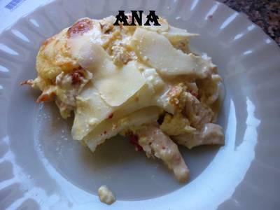 Milhojas de pollo con papas y queso