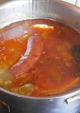 Berza andaluza (garbanzos con verdura y carne)