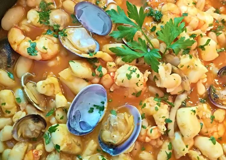Jud as blancas con marisco receta de josevillalta cookpad for Cocinar judias blancas