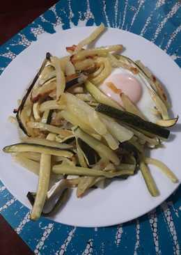 Huevo con calabacín y patata al horno