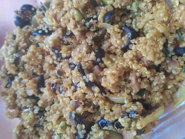 Quinoa con verduras y curry express