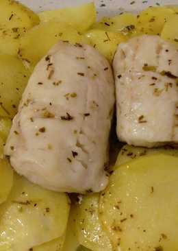 Lomos de merluza con patatas al vapor
