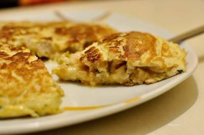 Tortilla de merluza y calabacín con un toque de perejil - Apto para personas con diabetes