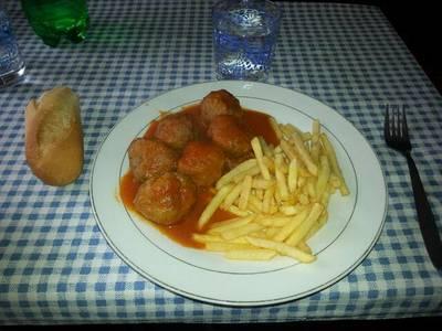 Albóndigas en salsa de tomate