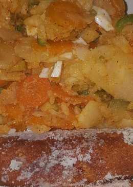 Ensalada al pimentón con flamenquines de salchicha de soja