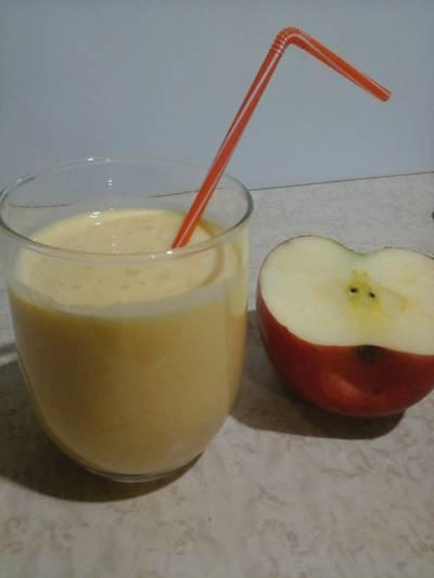 Batido de caqui persimon con manzana