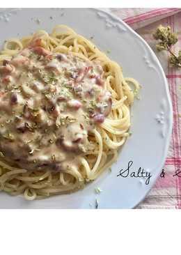 Spaghetti a la carbonara con roquefort