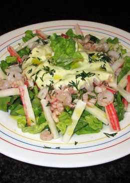 Lechuga con palitos de surimi y gambas con mayonesa al eneldo