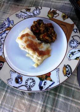 Bacalao gratinado con mousse de ajo y aceite. Acompañado de Sanfaina Catalana