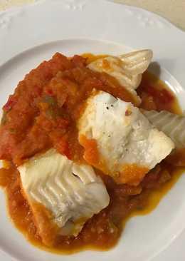 Bacalao al horno con tomate casero
