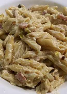 Macarrones carbonara con salsa de setas