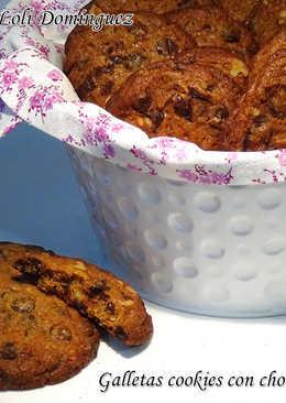 Galletas cookies con chocolate y nueces