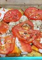 Merluza con verduras al horno