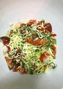 """Espaguetis de calabacín con ceviche de atún al aroma de lima y albahaca  """"Refréscate sin azúcar"""""""