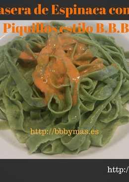 Pasta casera de espinaca con salsa de piquillos B.B.B.