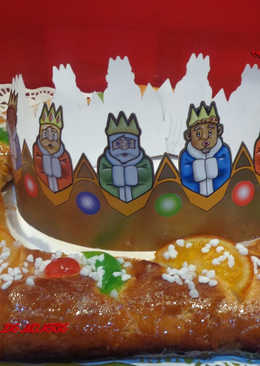 Roscón de reyes con masa madre y relleno de mazapan