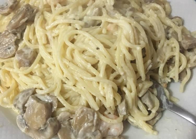 espaguetis con champi ones gambas y nata receta de rocio