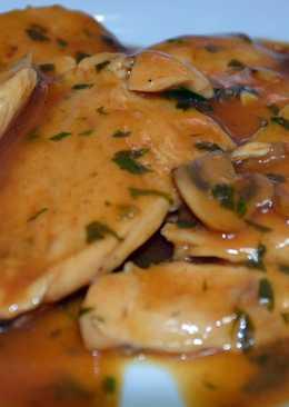 Pechuga de pollo en salsa de champiñones