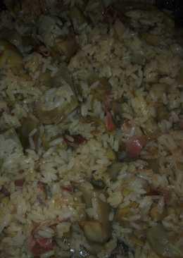 Arroz frito con alcachofas y jamón