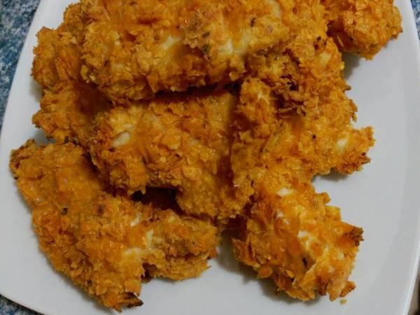 Pollo crujiente con doritos