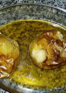 Manzanas asadas con azúcar moreno y moscatel