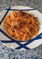 Espaguetis con albóndigas de lentejas y champiñones