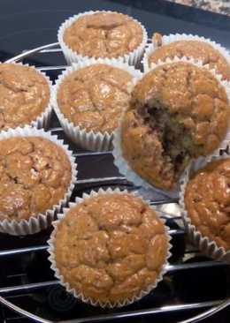 Magdalenas integrales con almendras, arándanos, chocolate negro y sin azúcar añadido