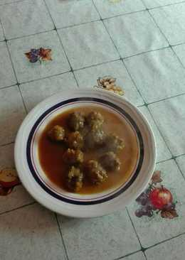 Albóndigas de liebre en salsa