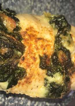 Pechuga de pollo al horno rellena de Kale y Mozzarella
