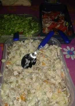 Mayonesa de ave con ensaladas ♡