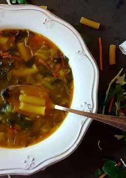 Sopa de verduras y pasta express