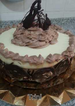 Tarta de mus de chocolate blanco y cafe capuccino al caramelo