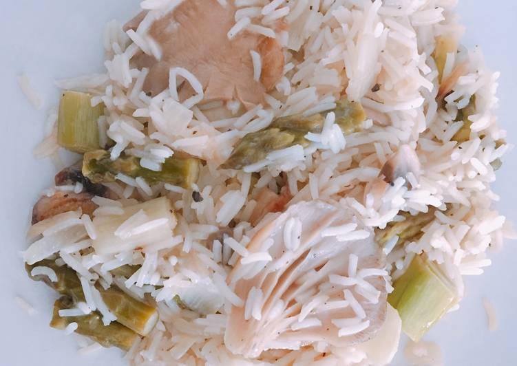 Arroz con setas y verduras delicioso