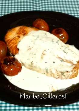 Salmón fresco con salsa de nata