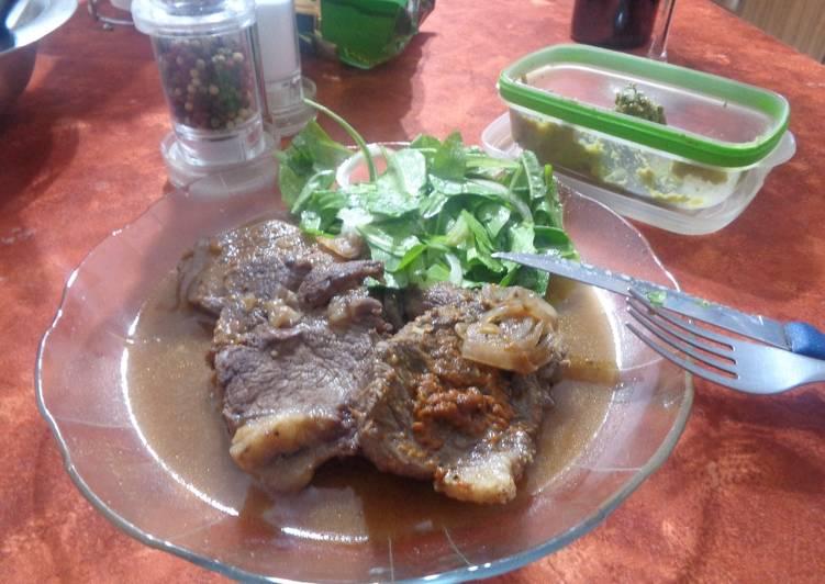 Carne en su salsa con guarnici n y dip de palta gluten - Guarniciones para carne en salsa ...
