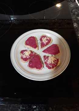 Corazones de paté de remolacha. San Valentín