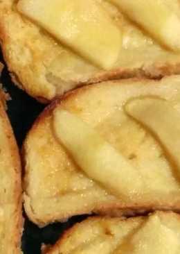 Pan perdido con manzana (Torrijas al horno)