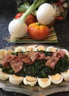 Espinacas con beicon y huevos duros
